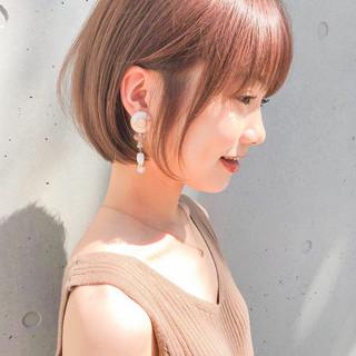 ミニボブ ショートヘア デジタルパーマ ナチュラル ヘアスタイルや髪型の写真・画像