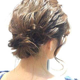 ミディアム 結婚式 ヘアアレンジ パーティ ヘアスタイルや髪型の写真・画像