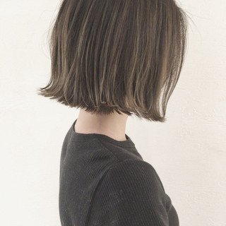 大人かわいい 切りっぱなし 秋 デート ヘアスタイルや髪型の写真・画像