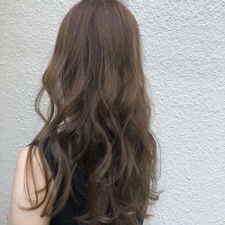 簡単ヘアアレンジ アディクシーカラー イルミナカラー セミロング ヘアスタイルや髪型の写真・画像