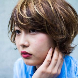 ハイライト 外国人風 ボブ ラフ ヘアスタイルや髪型の写真・画像