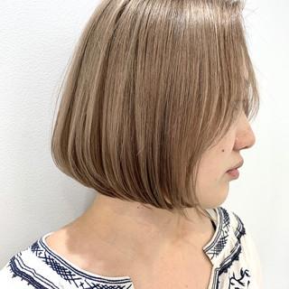 ショートヘア ガーリー 切りっぱなしボブ ミニボブ ヘアスタイルや髪型の写真・画像