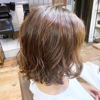 ボブ ナチュラル ウェーブ  ヘアスタイルや髪型の写真・画像