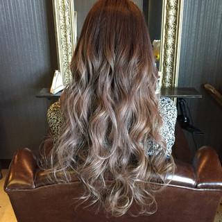 ストリート 暗髪 グラデーションカラー アッシュ ヘアスタイルや髪型の写真・画像