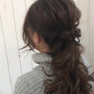 ロング ナチュラル ハーフアップ ゆるふわ ヘアスタイルや髪型の写真・画像