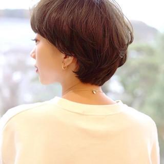 アッシュ ショート ナチュラル ひし形シルエット ヘアスタイルや髪型の写真・画像