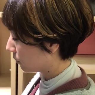 インナーカラー ショート モード ハンサムショート ヘアスタイルや髪型の写真・画像