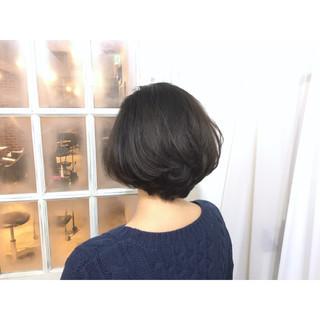 アッシュ ガーリー ショートボブ 大人かわいい ヘアスタイルや髪型の写真・画像