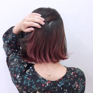 ピンク ガーリー リラックス インナーカラー ヘアスタイルや髪型の写真・画像