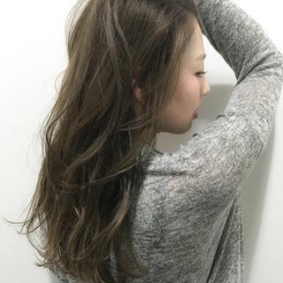 ロング アッシュ グラデーションカラー ブラウン ヘアスタイルや髪型の写真・画像