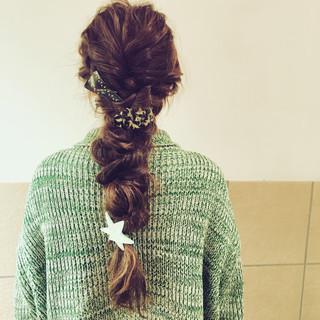ロング 編み込み ヘアアレンジ 簡単ヘアアレンジ ヘアスタイルや髪型の写真・画像