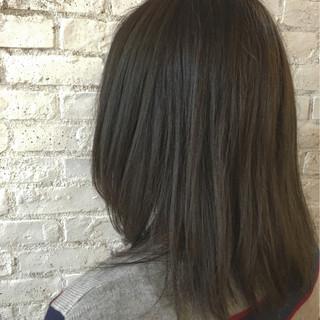 ナチュラル ミルクティー イルミナカラー 大人女子 ヘアスタイルや髪型の写真・画像