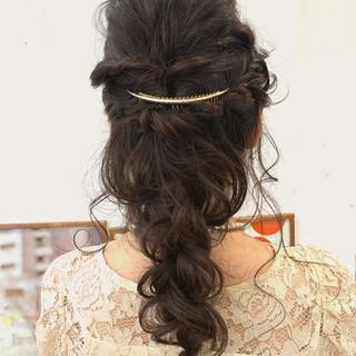 エレガント ふわふわヘアアレンジ ロング 裏編み込み ヘアスタイルや髪型の写真・画像