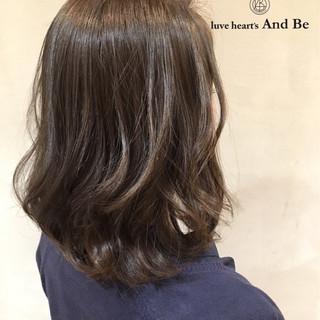 コンサバ セミロング グラデーションカラー 外国人風 ヘアスタイルや髪型の写真・画像