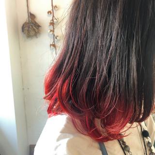 黒髪 グラデーションカラー ミディアムヘアー ミディアム ヘアスタイルや髪型の写真・画像