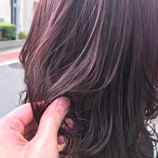 ピンク ミディアム イルミナカラー 大人女子 ヘアスタイルや髪型の写真・画像