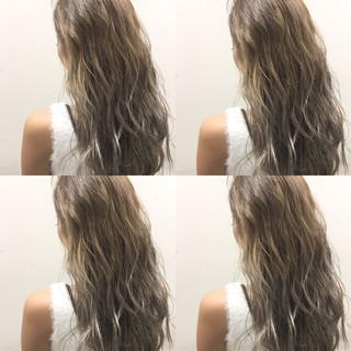 外国人風 ハイライト グラデーションカラー ロング ヘアスタイルや髪型の写真・画像