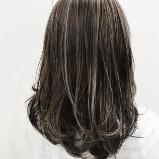 ハイライト ストリート グラデーションカラー セミロング ヘアスタイルや髪型の写真・画像