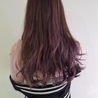 ハイライト 外国人風 フェミニン インナーカラー ヘアスタイルや髪型の写真・画像