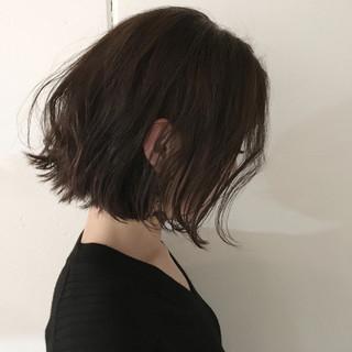 暗髪 アッシュ 外国人風 ミディアム ヘアスタイルや髪型の写真・画像