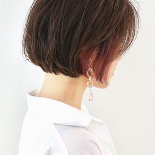 ショート ミニボブ 切りっぱなしボブ グラデーション ヘアスタイルや髪型の写真・画像