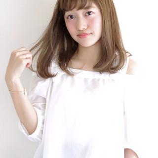 艶髪 外国人風 ナチュラル セミロング ヘアスタイルや髪型の写真・画像
