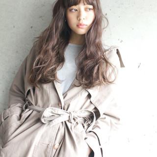 アンニュイ ロング ゆるふわ パーマ ヘアスタイルや髪型の写真・画像
