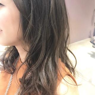 艶髪 ナチュラル 抜け感 セミロング ヘアスタイルや髪型の写真・画像