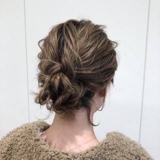 デート ヘアアレンジ シニヨン 結婚式 ヘアスタイルや髪型の写真・画像