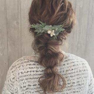 簡単ヘアアレンジ ふわふわ 編み込み リラックス ヘアスタイルや髪型の写真・画像