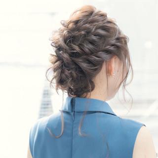 セミロング ヘアセット ヘアアレンジ 簡単ヘアアレンジ ヘアスタイルや髪型の写真・画像