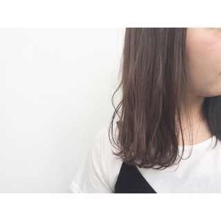 フェミニン ストリート 外国人風 アッシュ ヘアスタイルや髪型の写真・画像