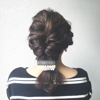 ナチュラル 簡単ヘアアレンジ フェミニン 外国人風 ヘアスタイルや髪型の写真・画像