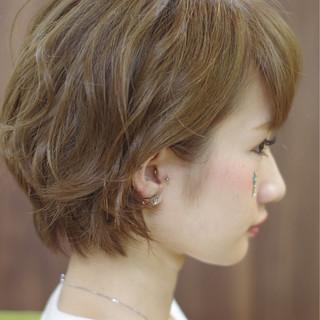 ハイトーン 涼しげ 夏 ショート ヘアスタイルや髪型の写真・画像