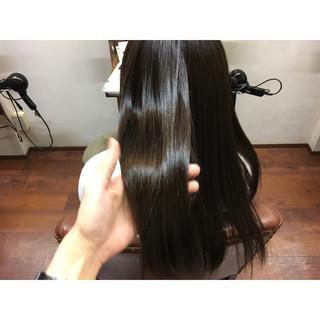 ナチュラル 透明感 暗髪 ベージュ ヘアスタイルや髪型の写真・画像