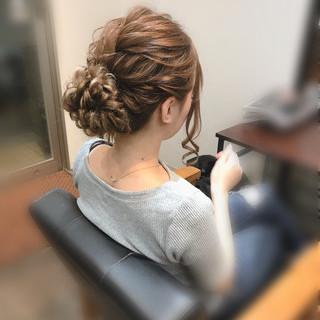 フェミニン ヘアアレンジ ロング アップスタイル ヘアスタイルや髪型の写真・画像