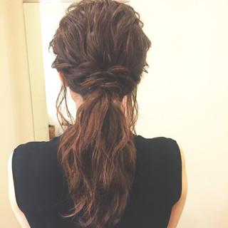 簡単ヘアアレンジ モテ髪 ローポニーテール 愛され ヘアスタイルや髪型の写真・画像