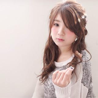 フェミニン ショート セミロング ヘアアレンジ ヘアスタイルや髪型の写真・画像