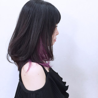 暗髪 インナーカラー パープル 黒髪 ヘアスタイルや髪型の写真・画像