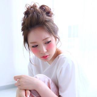 お団子 おフェロ 大人かわいい ヘアアレンジ ヘアスタイルや髪型の写真・画像