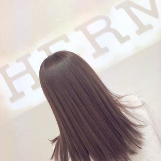セミロング ラベンダーピンク ピンク フェミニン ヘアスタイルや髪型の写真・画像