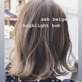 ハイライト ボブ 切りっぱなしボブ モテボブ ヘアスタイルや髪型の写真・画像