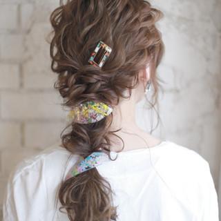 ヘアアレンジ ゆるふわ フェミニン ロング ヘアスタイルや髪型の写真・画像