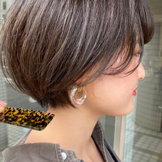 ショート 大人ショート アンニュイ ナチュラル ヘアスタイルや髪型の写真・画像