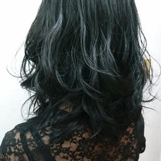 ブルージュ ミディアム グレージュ 暗髪 ヘアスタイルや髪型の写真・画像