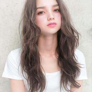 ロング 愛され 透明感 フェミニン ヘアスタイルや髪型の写真・画像