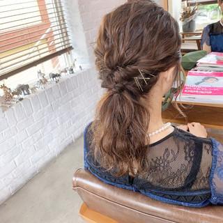 簡単ヘアアレンジ 結婚式ヘアアレンジ ヘアアレンジ エレガント ヘアスタイルや髪型の写真・画像