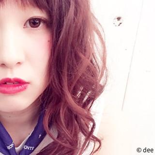 ピンク グラデーションカラー レッド ミディアム ヘアスタイルや髪型の写真・画像