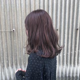 レッド ガーリー 透明感 セミロング ヘアスタイルや髪型の写真・画像