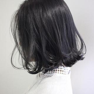 外国人風カラー ボブ イルミナカラー グレージュ ヘアスタイルや髪型の写真・画像